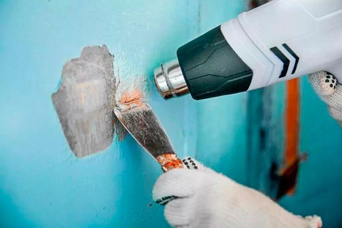 Убрать плесень со стены